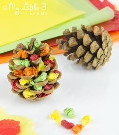 How cute! Bring a little piece of nature indoors with these Pine Cone Trees. What an easy fall craft for kids!| AllFreeKidsCrafts.com
