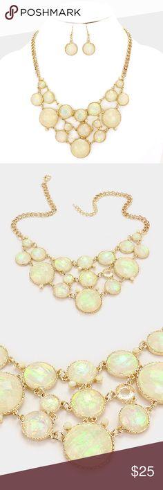 """Foil Stone Necklace Set • Necklace Size : 18"""" + 3"""" L • Decor Size : 2.5"""" L  • Earrings Size : 1.5"""" L • Foil effect stone link necklace Jewelry Necklaces"""