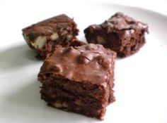 Whole Wheat Brownies 3 tbsp low-sodium butter 1/2 cup brown rice syrup 10 tbsp dark cocoa powder, unsweetened 1 tsp vanilla 2 eggs 1/2 cup whole wheat flour 1/2 cup pecans, choppe