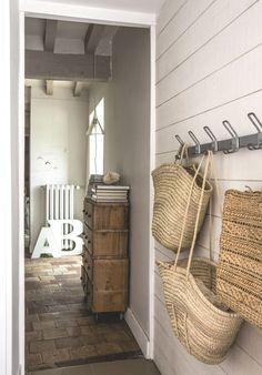 Pour cette nouvelle édition du Home Challenge, on part en visite dans une maison esprit brocante en Normandie.
