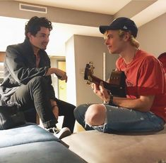Chilling Adventures of Sabrina: Gavin Leatherwood and Ross Lynch Ross Lynch, Sabrina Cast, Harvey Kinkle, Rafael Miller, Sabrina Spellman, Austin And Ally, Two Best Friends, Archie Comics, Series Movies