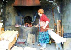 Horneando pan de papas. Gran Canaria