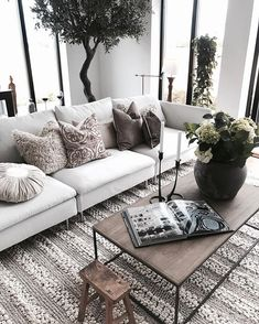 Luxury living Room Ideas for New Years Eve You Don't Want to Miss Living Room Inspiration, Home Decor Inspiration, Decor Ideas, Room Ideas, Living Room Designs, Living Room Decor, Style Salon, Muebles Living, Home And Deco