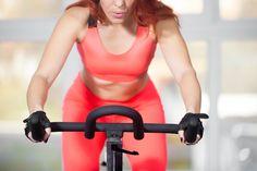 Il programma di allenanento per perdere peso e migliorare la salute di cuore e polmoni con la cyclette