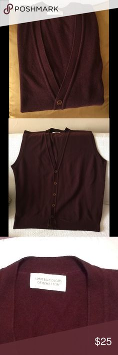 Mans wool v-neck sweater vest Burgundy V Neck sweater vest. Button down wood and lambs wool. Excellent condition. United Colors Of Benetton Sweaters V-Neck