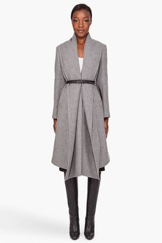Fall Outerwear - Accentuate Your Body Shape Stylish Coat, Weather Wear, Grey Outfit, Dress Me Up, Well Dressed, Coats For Women, Autumn Winter Fashion, Outerwear Jackets, Fall Outfits