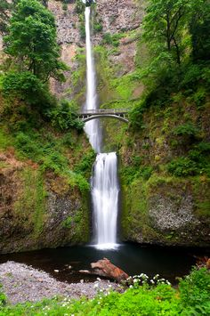 Multnomah Falls Oregon - one of the most beautiful places I have ever seen. I want to go back.