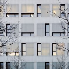 Two faces: Gewerbehof in Munich by bogevischs buero architekten & stadtplaner