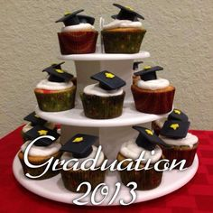 Cup cakes for graduation