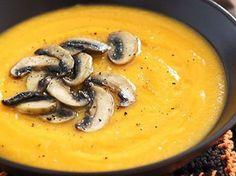 Крем-суп из тыквы и шампиньонов — vkusno.co Tasty, Yummy Food, Yams, Going Vegan, Fall Recipes, Cheeseburger Chowder, I Foods, Thai Red Curry, Nom Nom