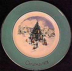 Wedgwood 1978 Christmas Trimming the Tree Plate by Avon,
