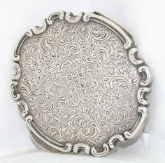 Vintage Sterling Silver Signed ML Engraved Mirror Compact No monogram 95 grams Vintage Antiques, Vintage Items, Hair Chains, Antique Vanity, Lipstick Holder, Antique Bottles, Vintage Makeup, Silver Prices, Compact Mirror
