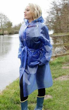 Raincoats For Women Yellow Info: 1530039112 Vinyl Raincoat, Pvc Raincoat, Raincoat Jacket, Plastic Raincoat, Hooded Raincoat, Hooded Cloak, Plastic Pants, Best Rain Jacket, Ponchos