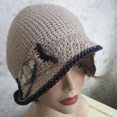 Crochet Pattern Womens FLAPPER HAT Cloche With Optional Bow Trim Very easy and quick to make- skill level for begnining and above A very versatile hat- change the trims or fold the brim differently. Crochet Hat For Women, Free Crochet, Knit Crochet, Crochet Cape, Crochet Style, Crocheted Hats, Flapper Hat, Flapper Style, Sombrero A Crochet