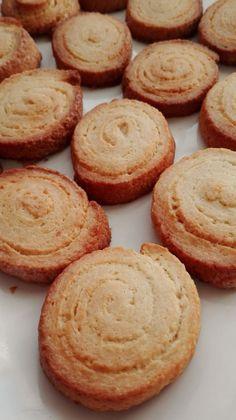 Galletas Philadelphia - Titi Tutorial and Ideas Cookie Recipes, Dessert Recipes, Carrot Cake Cookies, Salty Foods, Cheesecake Cake, Tasty, Yummy Food, Biscuit Cookies, Savoury Cake