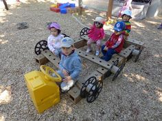 Extraordinary Classroom: An Interesting Combination of Outdoor Equipment