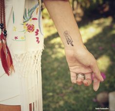 tattoo attrape reves poignet femme
