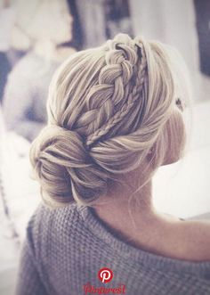 46 Trendy Wedding Hairstyles Ideas   How you wear your hair will have a huge impact on your wedding day look. It can be elegant and […]
