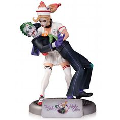 It's The DC Comics Bombshells Statues - Joker And Harley Quinn Statue. The popular Bombshells line continues with this highly detailed statue of Harley Quinn and her mad love, the Clown Prince of Crim