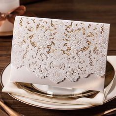 HK006-B White Wedding Invitations Cards Laser Cut Embossing Lace pattern