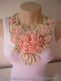 crochet necklace (or ideas on what to make) Freeform Crochet, Knit Or Crochet, Crochet Scarves, Irish Crochet, Crochet Shawl, Crochet Crafts, Crochet Clothes, Crochet Stitches, Crochet Projects