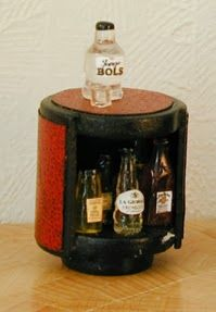 miniature Drink cabinet tutorial for dollhouse living room or bar