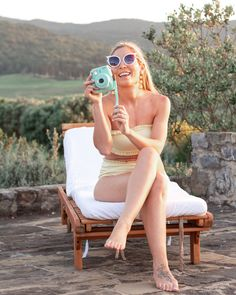 We stayed in Tuscany during most of our trip to Italy. Visiting the cities in Tuscany and Umbria made for a very enjoyable experience. Italian Summer, Italy Travel, Tuscany, Travel Guide, Round Sunglasses, Curvy, Street Style, Urban, Boho