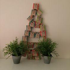 CALENDARIO DE ADVIENTO CON CORCHOS #navidad #canedario #adviento #corcho #carton #diy #calendariodeadviento