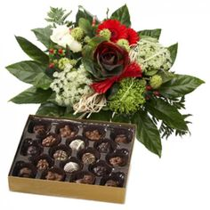 Holiday Greetings Bouquet and Chocolates to Saint-Vincent-and-the-Grenadines