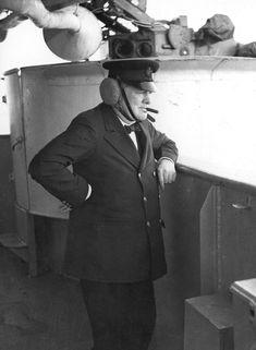 Photos of Sir Winston Churchill November 1874 – 24 January - Flashbak Winston Churchill, Churchill Quotes, Bernard Montgomery, British History, Tudor History, Ancient History, Historical Women, Historical Photos, History Facts