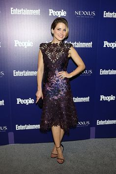 Sophia Bush wears Jill Stuart to the New York UpFronts party hosted by People and Entertainment Weekly at The Highline Hotel on May 11, 2015 in New York City.