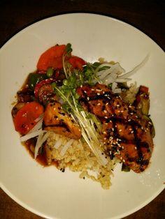 Salmon Teriyaki 연어 데리야끼  연어 (yeo-neo) = salmon  www.mylanguageconnect.com Teriyaki Salmon, Korean Food, Culture, Meat, Chicken, Travel, Beef, Voyage, Korean Cuisine