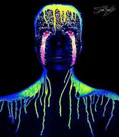 The Crazy-Cool Neon Makeup Transformation You Have to See This creepy Halloween makeup looks even cooler under black light! Uv Makeup, Movie Makeup, Makeup Art, Makeup Ideas, Body Painting, Neon Painting, Creepy Halloween Makeup, Scary Makeup, Extreme Makeup