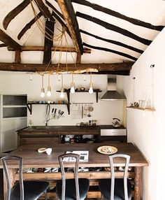 Modernised yet rugged & country Cafe Interior, Interior Design, Sustainable Design, Vintage Kitchen, Decoration, Living Spaces, House Design, Architecture, Modern