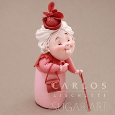 • LADY in PINK   SEÑORA de ROSA • . . . . #CarlosLischetti #arteenazucar #sugarart #animationinsugar #modeladoenazucar #fondant…