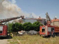 Devriye Haber : Edirne'nin Keşan İlçesi'nde Çatı Yangını Panik Yar...