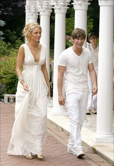 Serena's grecian dress for the white party (season 2, gossip girl) - by Oscar de la Renta