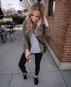 nice 50 Top Fall Outfits Women Ideas  http://viscawedding.com/2018/09/25/50-top-fall-outfits-women-ideas/ Fall Outfits For Work, Photo And Video, Jackets, Instagram, Ideas, Casual Fall, Work Clothes, Fashion, Bomber Jacket