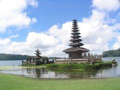Bali Tourism    http://www.carltonleisure.com/travel/flights/indonesia/bali/leeds-bradford/