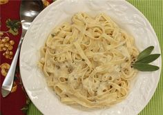Copycat Olive Garden Alfredo Sauce  1 pkg Pasta (any kind you like) 1 stick of butter 1 clove of minced garlic 1 pint of heavy cream 1 cup of fresh Parmesan cheese 2 tbsp cream cheese 1/4 tsp salt 1/2 tsp white pepper  Make Pasta to your liking. In a sauce pan over medium heat – melt butter and add garlic and cook for two minutes, then add in heavy cream and cream cheese and heat until bubbling, but do not boil. Add in Parmesan Cheese and mix until the cheese melts. Sprinkle in salt and…