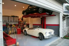 perfect! Man Cave Garage, Garage House, Dream Garage, Mechanic Garage, Shop Buildings, Celebrity Travel, Garage Design, Garage Workshop, Animal Quotes