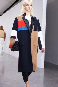 Céline Fall 2012, first look at the collection via FASHIONOLOGIE #fashion #celine #fashionweek