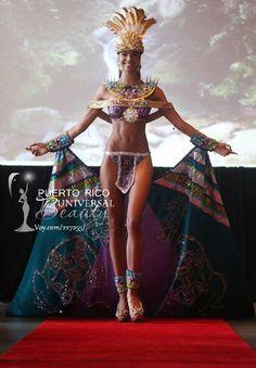 Miss Universe Puerto Rico 2012, Bodine Koehler. Traje típico inspirado en la Diosa Taína, Atabey.