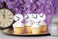 Festivos toppers para cupcakes / Festive cupcake toppers