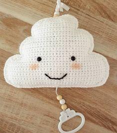 Just Kimberley: Lief wolkje Crochet Music, Love Crochet, Diy Crochet, Crochet Toys, Crochet Baby, Hamster, Bee Happy, Amigurumi Toys, Cute Baby Clothes