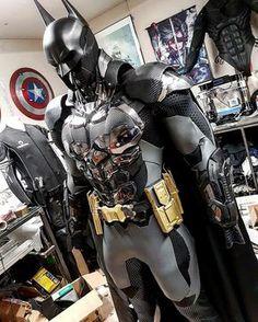A Printed Batman: Arkham Knight Cosplay - Batman Art - Ideas of Batman Art - A Printed Batman: Arkham Knight Cosplay Adafruit Industries Makers hackers artists designers and engineers! Batman Armor, Batman Suit, Im Batman, Batman Arkham Knight Suit, Batman Robin, Batman Costumes, Batman Cosplay, Cosplay Armor, Nightwing