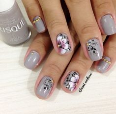 Creative Nail Designs, Acrylic Nail Designs, Nail Art Designs, Gel Acrylic Nails, Toe Nails, Mickey Nails, Bridal Nail Art, Gray Nails, Flower Nail Art