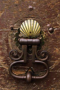 Poignée de porte Coquille Saint-Jacques.