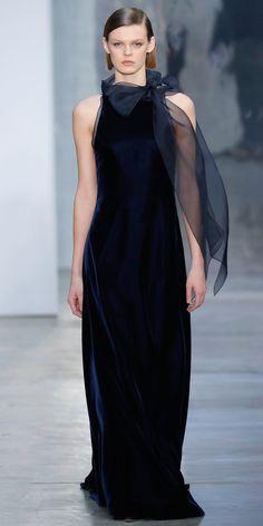 These Are the Dresses We Drooled Over at Carolina Herrera - CAROLINA HERRERA RTW FALL 2017 from InStyle.com