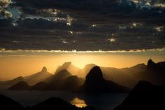 This is one of the best photos of Rio de Janeiro I have ever seen! I Want To Travel, Best Places To Travel, Places To Visit, Destinations, Photos Voyages, Great Shots, Heaven On Earth, Get Outside, Ciel